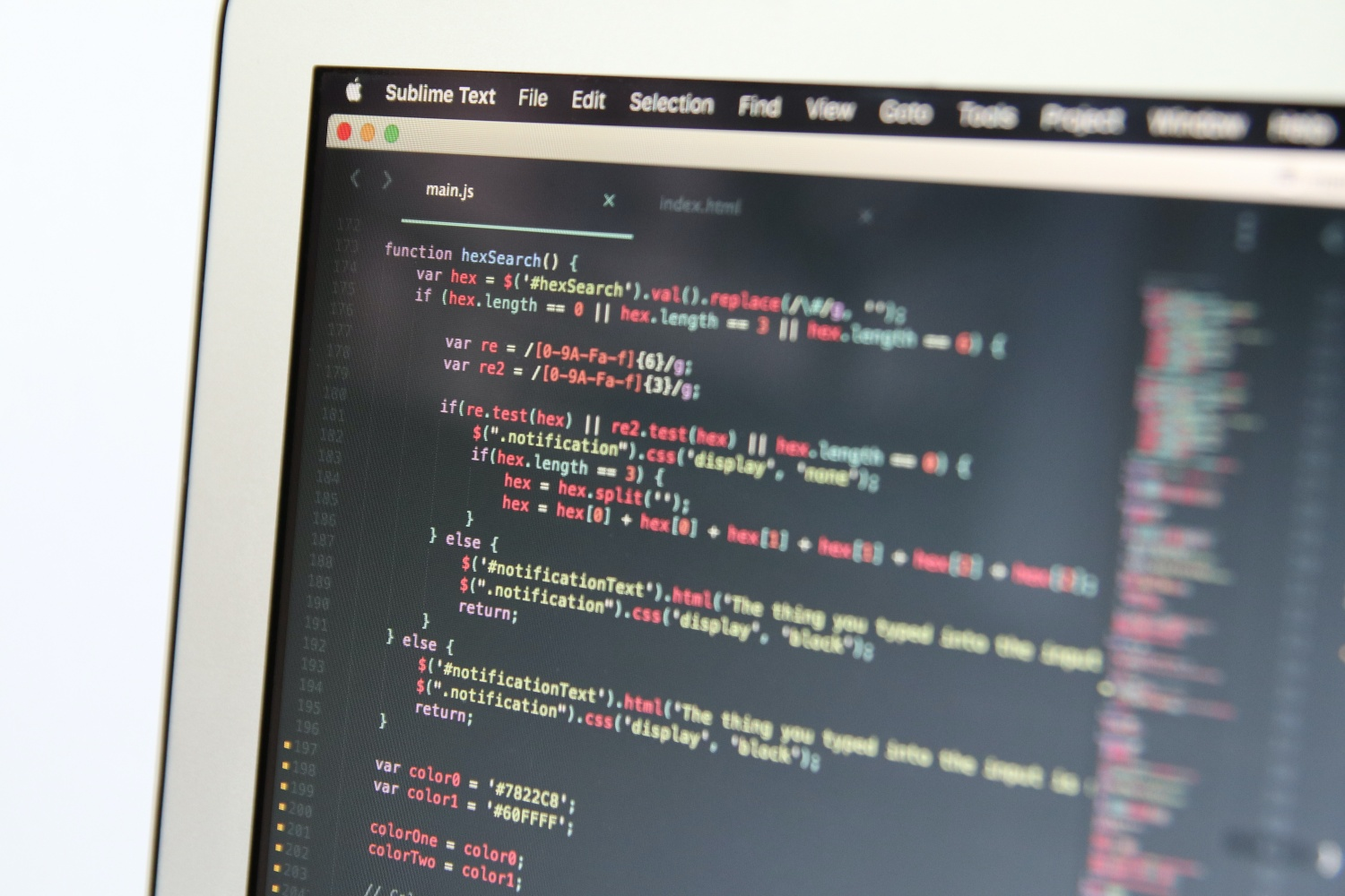 Yumasoft - how to solve JSON.NET circular references, featured photo